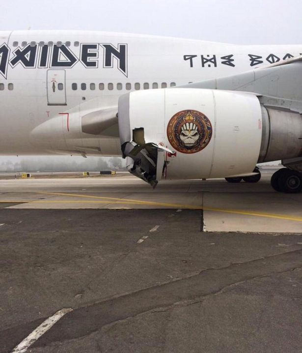 Iron-Maiden-Air-Force-One-accident